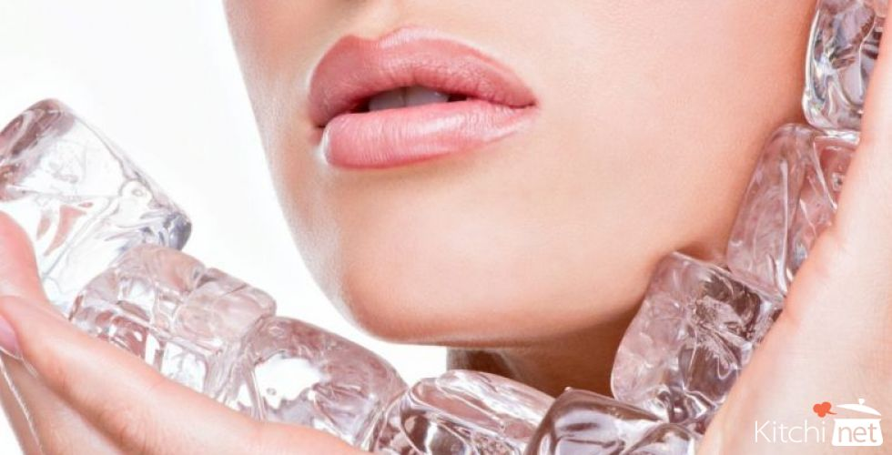 Amazing Skin and Beauty Benefits of Using Ice Cubes