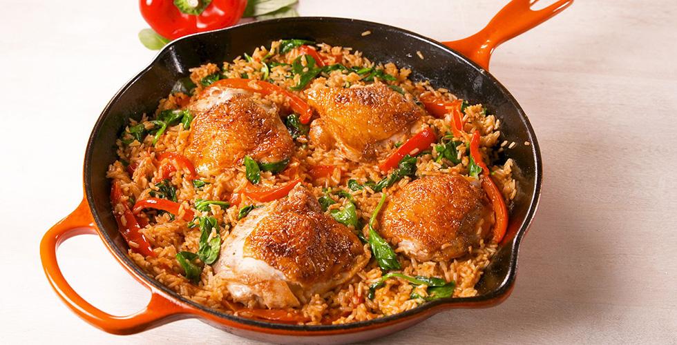 الدجاج والأرز بالبابريكا